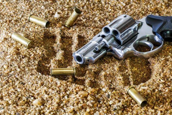 Хмельницькому розпочався місячник добровільної здачі зброї