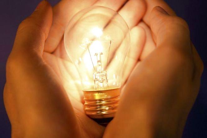 Планові відключення світла у Хмельницькому на 4 квітня