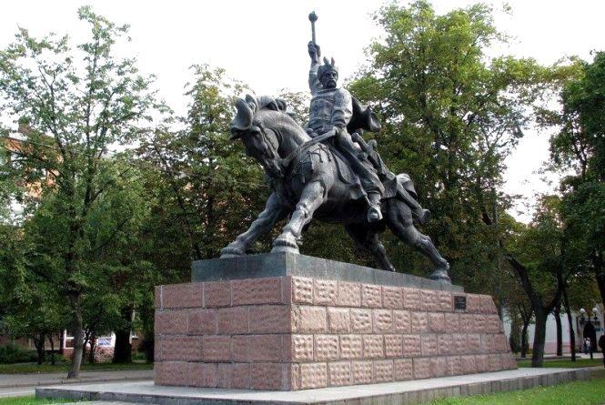 18 квітня відзначають День пам'яток історії та культури