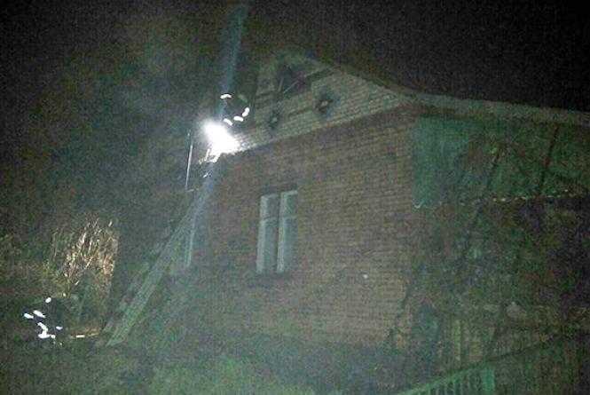 У Хмельницькому районі чоловік підпалив будинок з двома малими дітьми