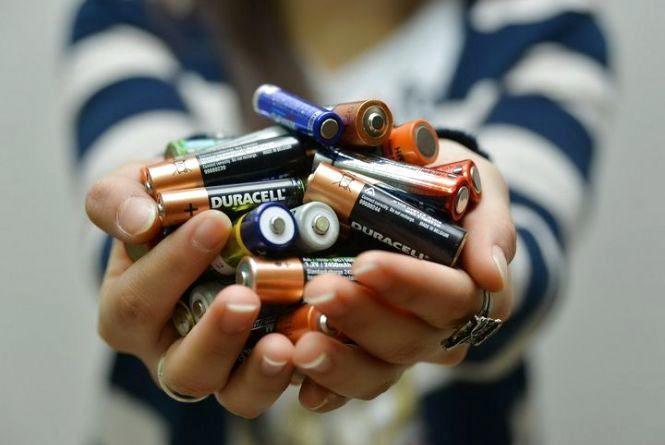 Хмельничани можуть здавати батарейки і відпрацьовані лампочки ще тиждень
