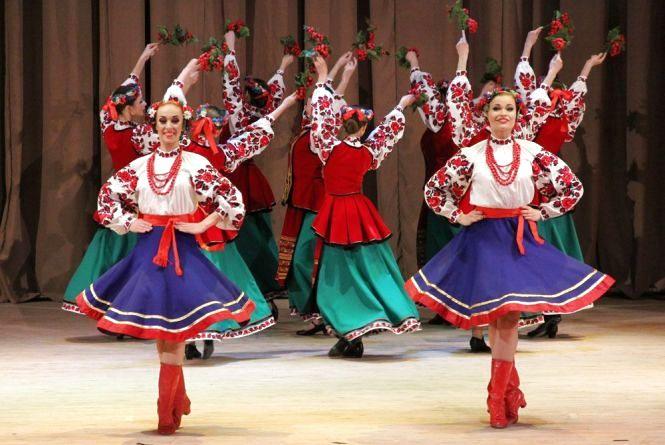 """У Хмельницькому танцюватимуть """"народники"""" з різних країн світу"""