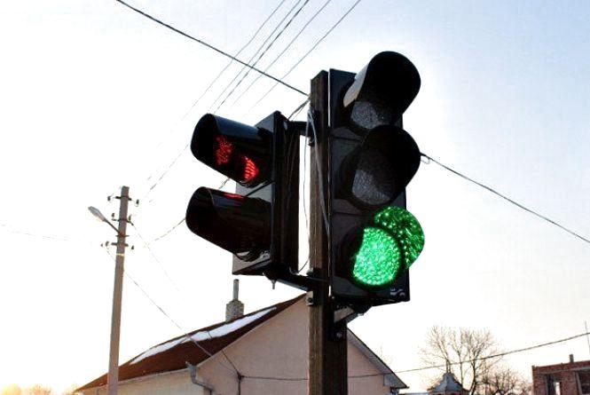 У мерії просять встановити світлофори на Виставці та в Лезнево