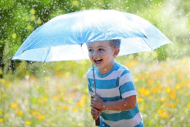 Погода на тиждень: синоптики прогнозують у Хмельницькому дощі та вітер