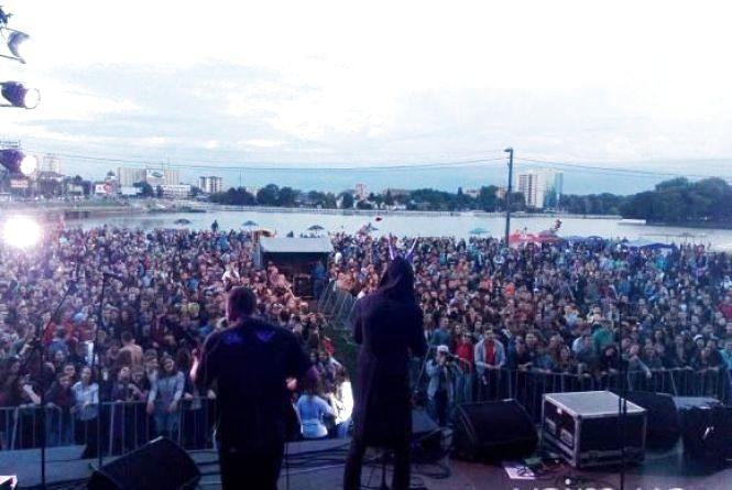 Другий день рок-фестивалю в Хмельницькому: що буде на пляжі
