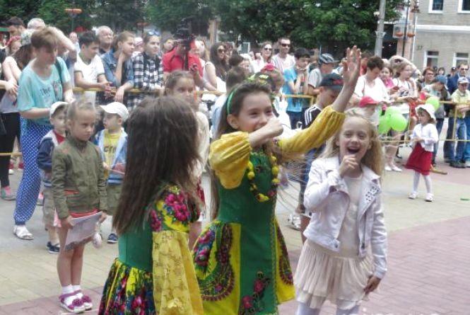 День захисту дітей: що відбувалося в Хмельницькому