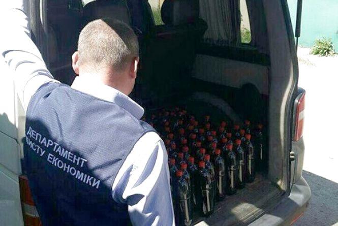 Півтонни алкоголю конфіскувала хмельницька поліція