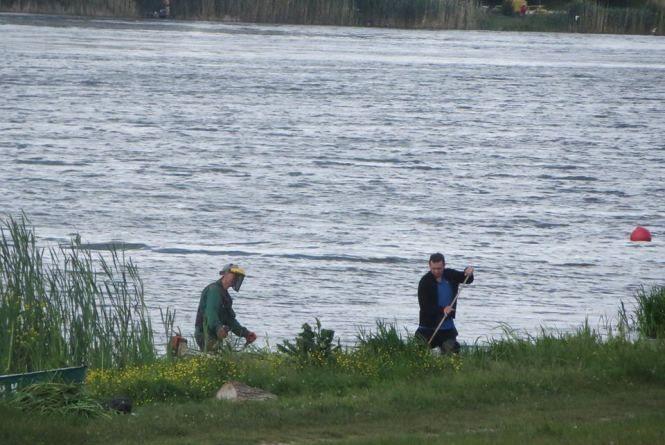 Пляжний сезон у Хмельницькому стартував, але підготуватися до літа не встигли