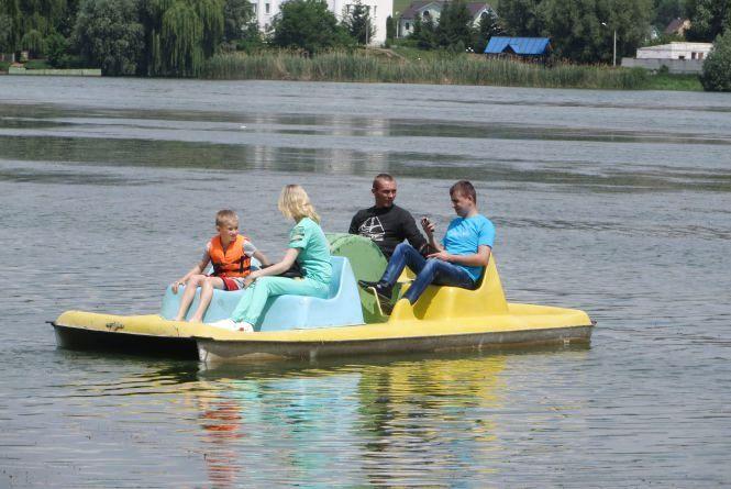 Водний відпочинок у Хмельницькому: що пропонують та за скільки