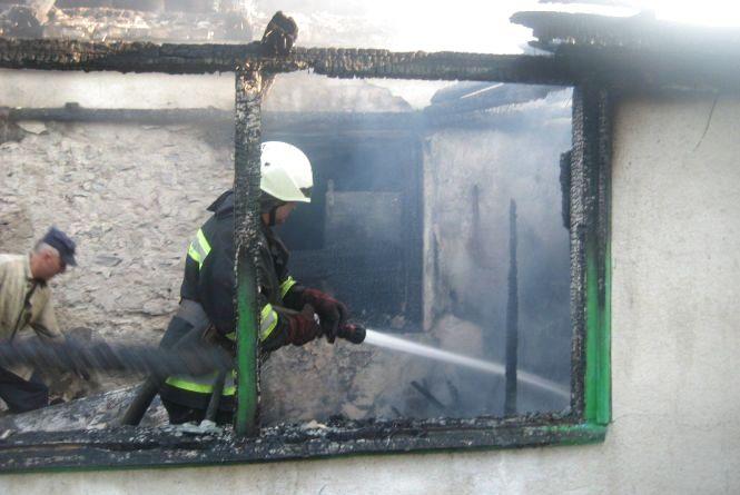 Під час пожежі на Білогірщині врятували людину