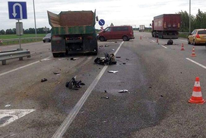 Дмитро Червонюк на мотоциклі влетів у вантажівку – поліція