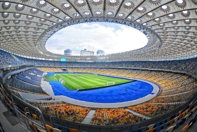 Безкоштовно на «Олімпійський»: футбольних вболівальників запрошують на фінал чемпіонату України