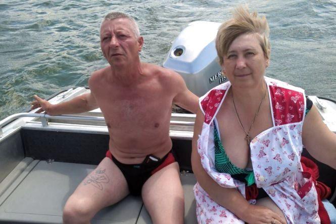 На Дністрі ледь не потонуло подружжя з Хмельниччини