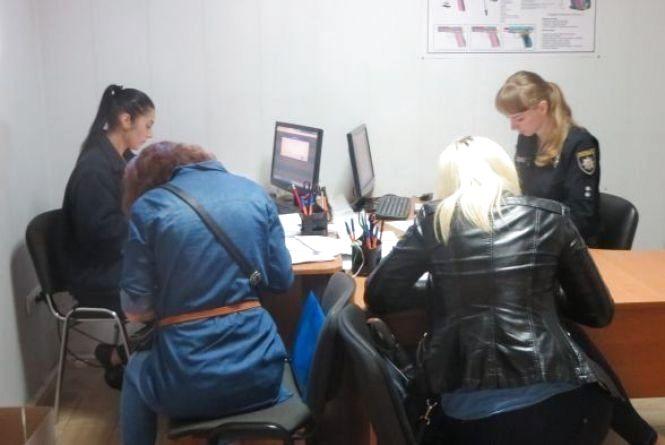 Набір у патрульну поліцію: за тиждень хмельничани подали 500 заяв
