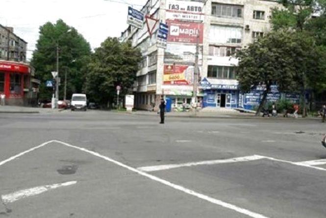 На перехресті Кам'янецької-Гагаріна знову не працює світлофор