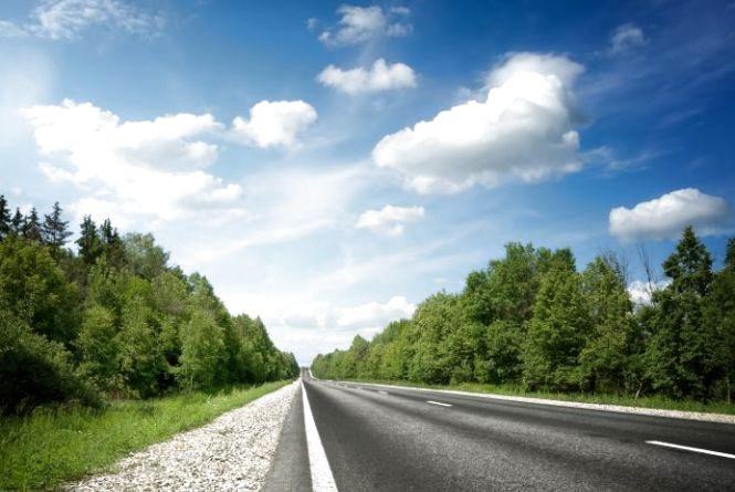 Китайська компанія відремонтує 40 кілометрів  автошляху на Хмельниччині