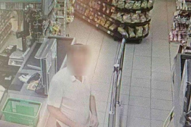На Проскурівській затримали чоловіка, якого підозрюють у крадіжці