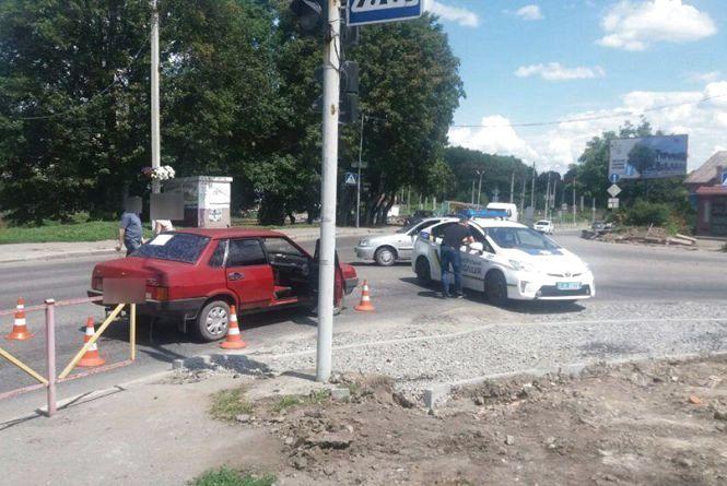 """На перехресті Толстого і Франка """"ВАЗ"""" збив 61-річного чоловіка"""