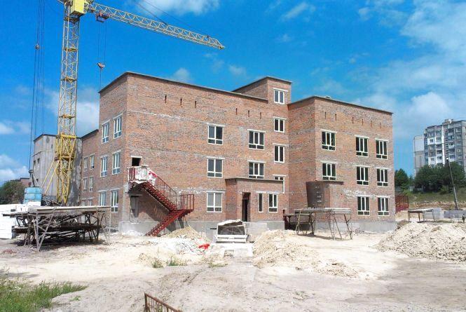 НВК на Озерній будують за 33 мільйони гривень