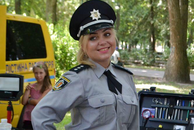 Як святкують День поліції у Хмельницькому (Твіттер-репортаж)