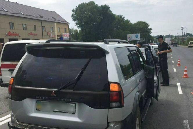 Біля «Катіону» зіткнулись три авто. Двоє водіїв в лікарні