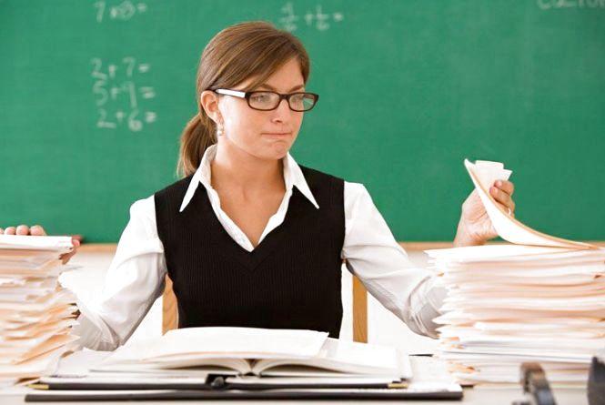 Хмельницьким вчителям пропонують виграти 100 000 гривень