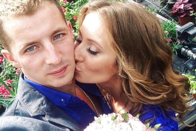 Дмитро і Олена, які загинули у страшній ДТП на Вінниччині, мали зіграти весілля