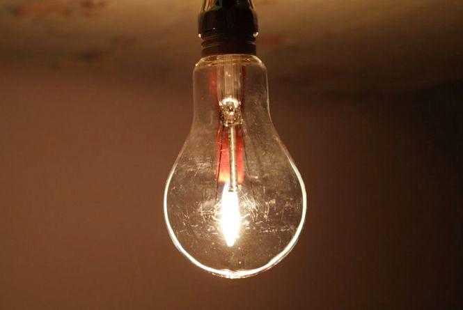 Планові відключення світла у Хмельницькому на 8 серпня