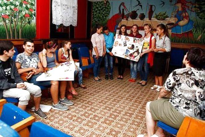 У школах на Хмельниччині запрацюють служби, які будуть допомагати вирішувати конфлікти