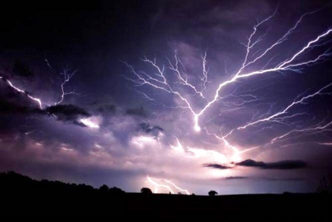 Синоптики попереджають про шквали і дощі в Хмельницькій області