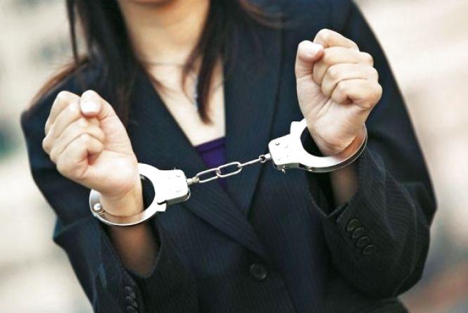Затримали сутенерку, яка продавала хмельничанок в сексуальне рабство