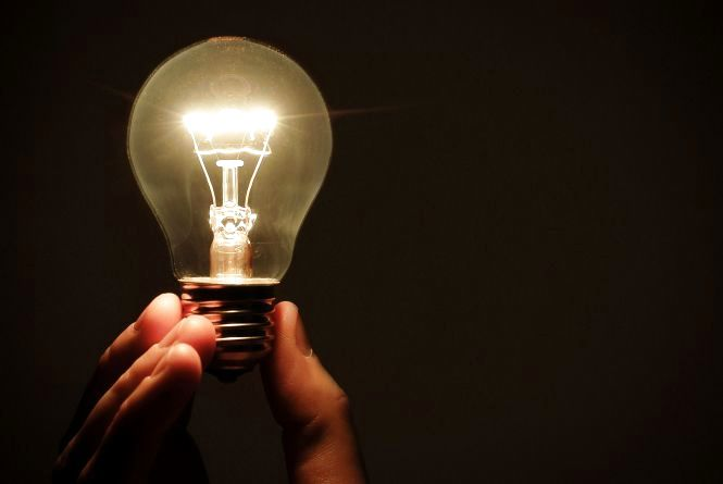 Десятки будинків хмельничан відключать від світла 31 серпня