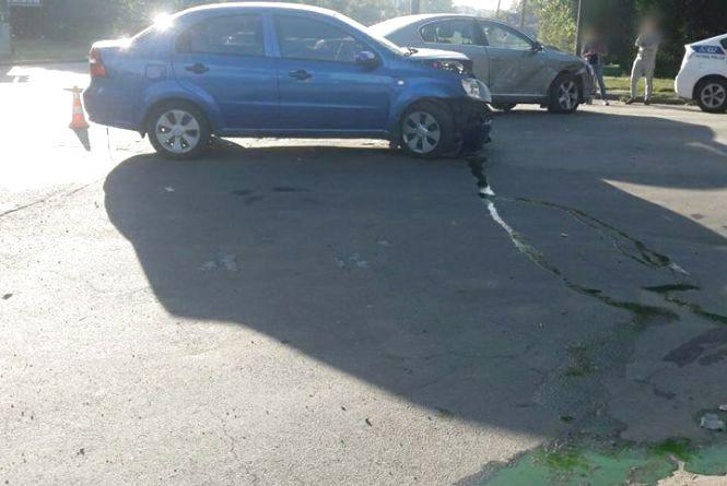 У Хмельницькому зіткнулися іномарки: серед постраждалих 5-річна дитина