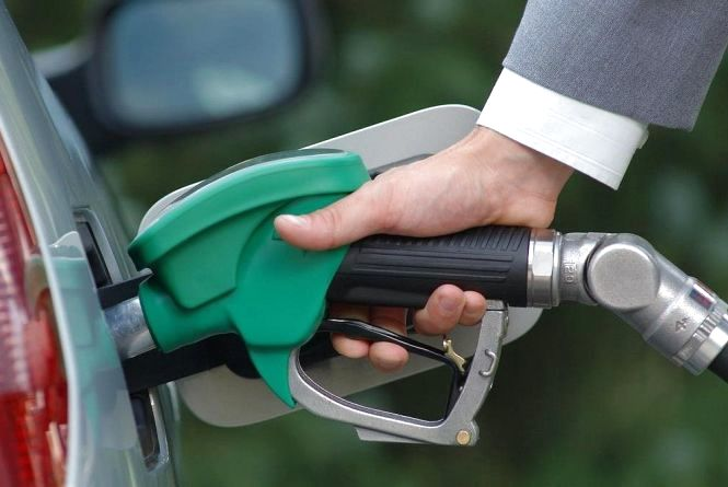 Автогаз дешевшає, а ціна на бензин росте