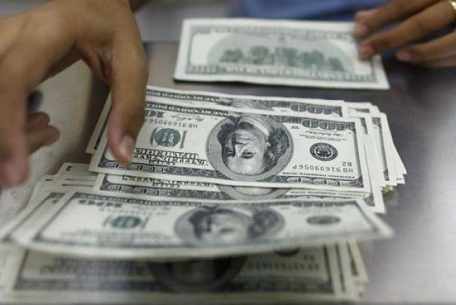 Курс валют на 19 вересня: гривню зміцнили