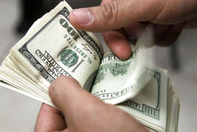 Долар дешевшає  - курс НБУ на 20 вересня