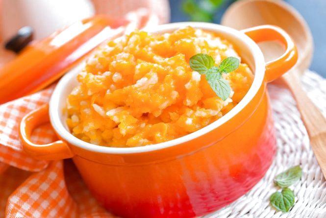 Смачний та корисний сніданок: як приготувати рисову кашу з гарбузом