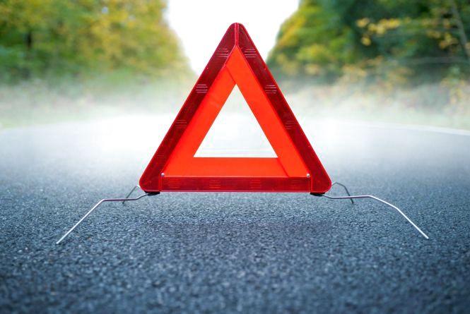 На Хмельниччині 21-річний чоловік загинув під колесами авто: водій втік з місця аварії