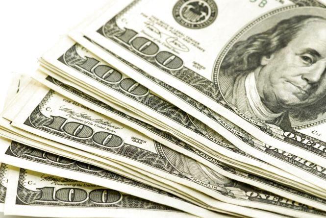 Курс валют на 22 вересня: долар продовжує рости