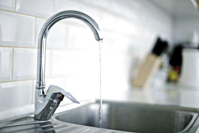 У Хмельницькому через промивання водопровідних мереж вода буде непридатною для вживання