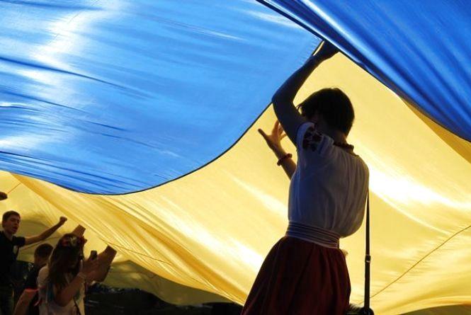 У Хмельницькому розгорнуть найбільший у світі прапор України