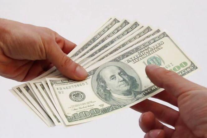 Курс валют на 26 вересня: долар продовжує рости