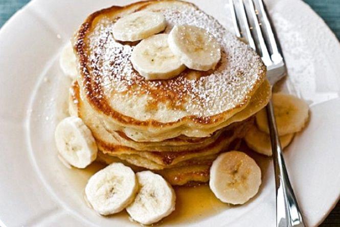 Смачний і швидкий сніданок: як приготовити бананові оладки