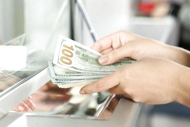 Курс НБУ на 27 вересня: долар дорожчає
