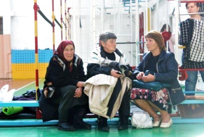 Волонтери з Хмельницького продовжують збирати допомогу постраждалим від вибухів в Калинівці