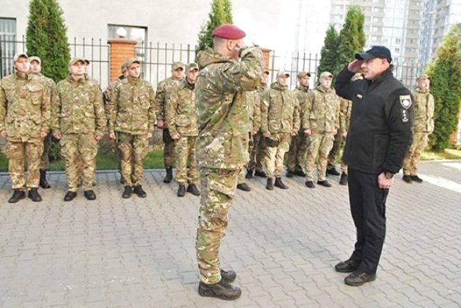 Поліцейські-спецпризначенці повернулися до Хмельницького із зони АТО