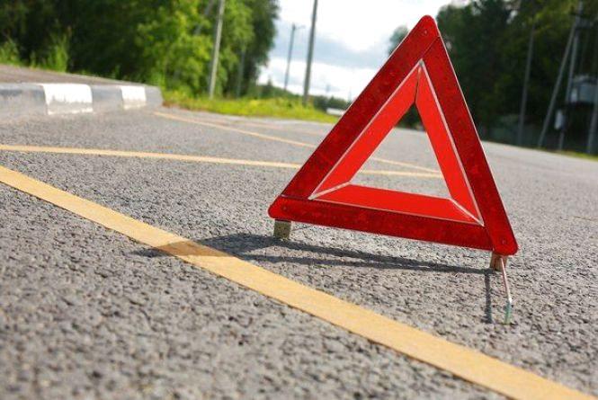 В Шепетівському районі автобус збив жінку. Вона померла на дорозі