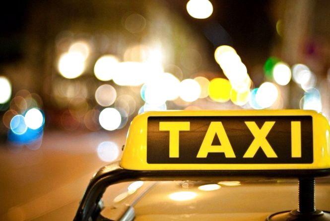 На Хмельниччині таксист торгував опієм і метадоном
