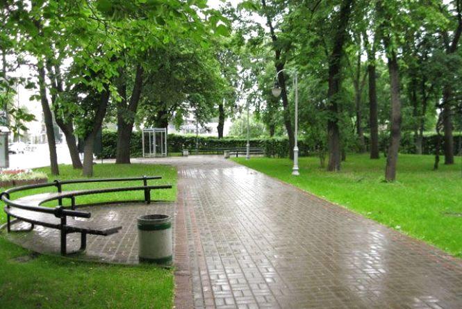 Хмельничани просять у мерії облаштувати парк для молоді по Курчатова