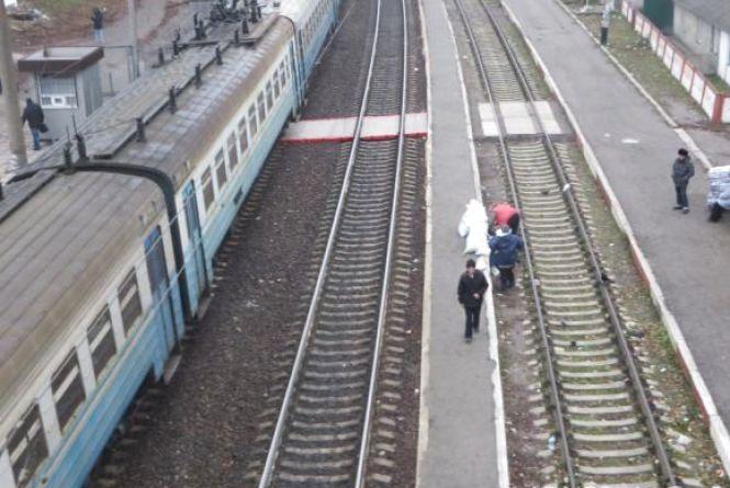 Через ремонт «Укрзалізниця» змінила маршрути низки потягів і електричок, які йдуть через Хмельниччину